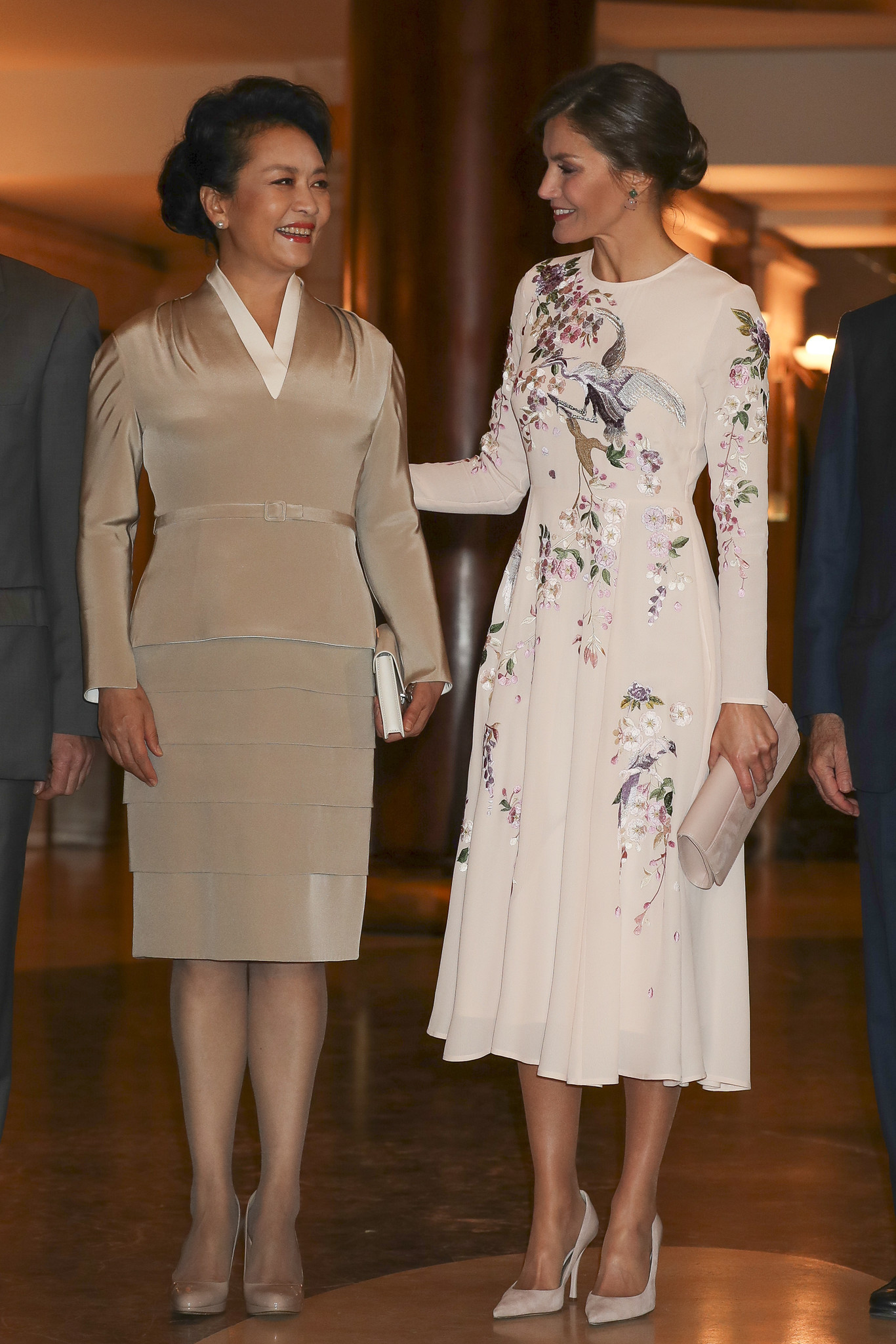 6939a1dc676 Once vestidos de estilo oriental de Asos como el de la reina Letizia