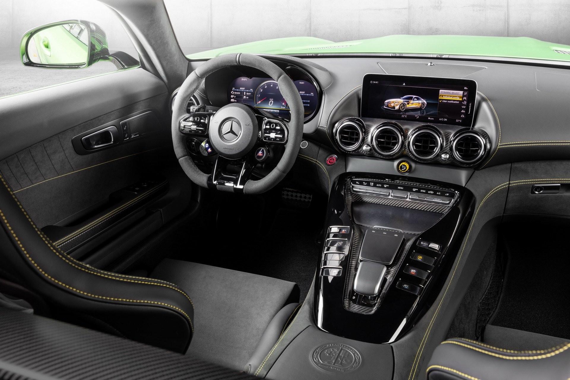 Foto de Mercedes-AMG GT 2020 (44/44)