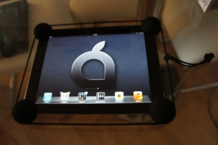Y aquí tenemos el iPad protegido frente a caídas fortuitas