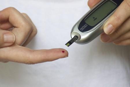 La diabetes tipo 2 puede aumentar el deterioro cognitivo y de la memoria en los mayores