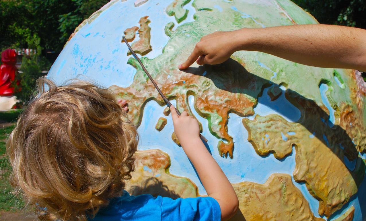 Cinco aplicaciones para que los niños aprendan geografía jugando