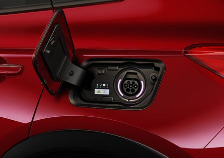 Opel Grandland X Hybrid4 Charging Socket Type 2