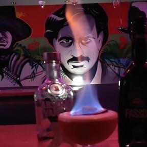Escobar, el bar que ha causado polémica en Inglaterra porque parece glorificar la figura del capo colombiano