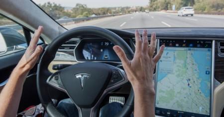El piloto automático de los Tesla es prioridad absoluta para Elon Musk