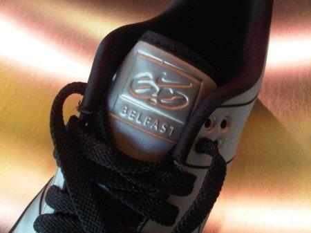 Zapatillas Nike en homenaje al DeLorean DMC-12 más conocido del mundo