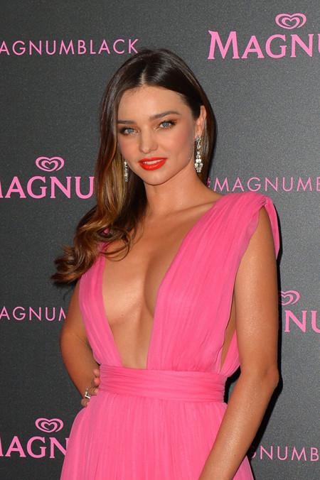 Cómo ir de rosa y ser la más sexy de Cannes, Miranda Kerr lo demuestra