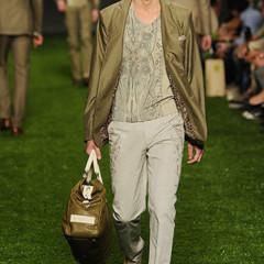 Foto 6 de 10 de la galería etro-primavera-verano-2011-en-la-semana-de-la-moda-de-milan en Trendencias Hombre