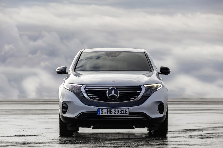 Foto de Mercedes-Benz EQC 2019 (3/74)