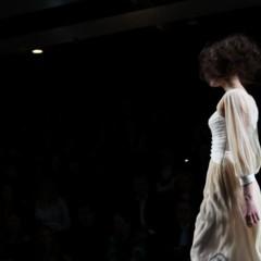 Foto 55 de 126 de la galería alma-aguilar-en-la-cibeles-madrid-fashion-week-otono-invierno-20112012 en Trendencias