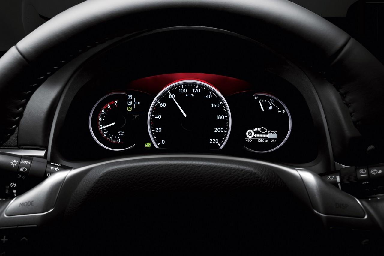 Foto de Lexus CT 200h (156/164)