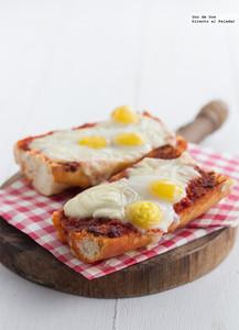 Panini de sobrasada, queso y huevos de codorniz. Receta