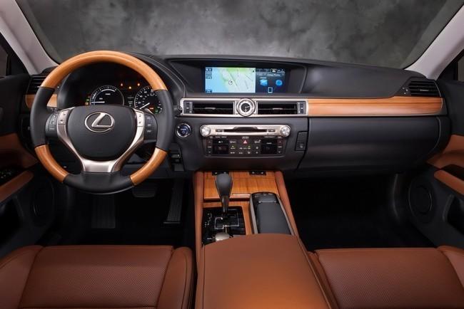 Mejores interiores según Ward's Auto 2013 - Lexus GS450h