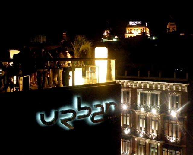 Los secretos del hotel urban madrid para las noches de verano for Design hotel urban madrid