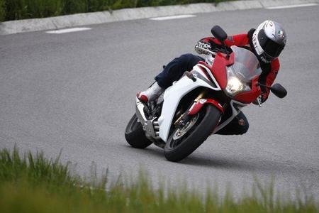 Test_HondaCBR600F2011_Miki2
