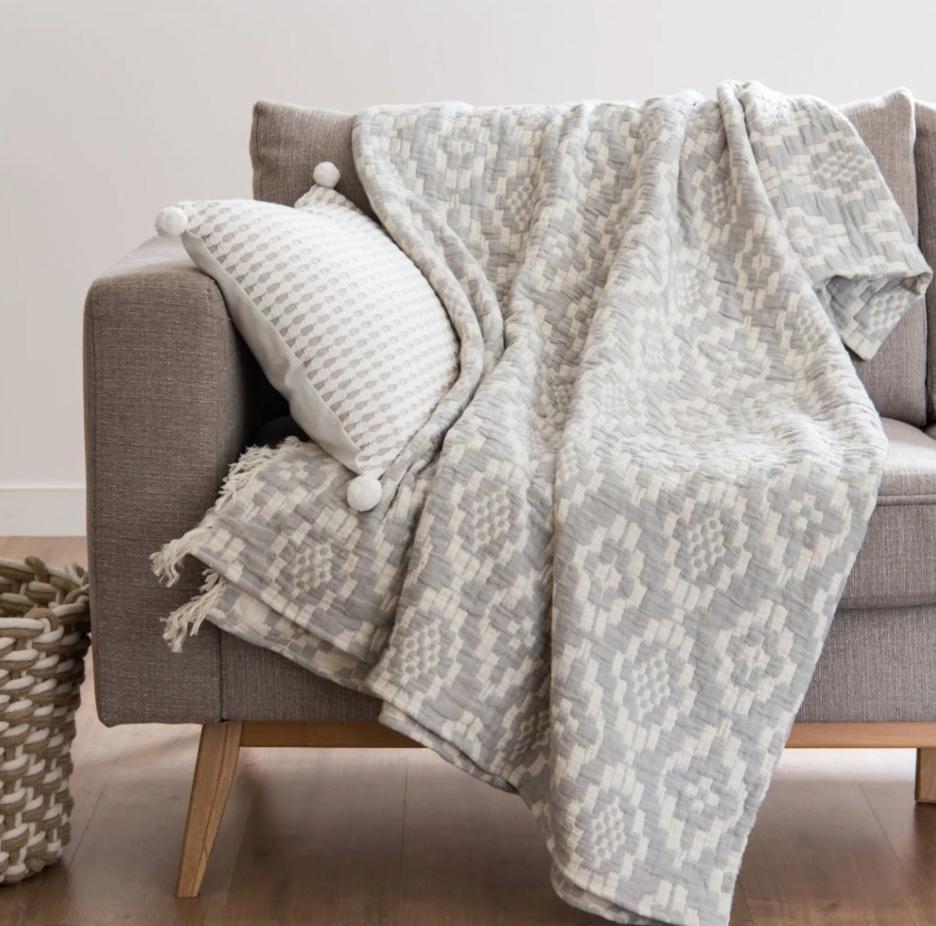 Manta de algodón con motivos gráficos grises y blancos 160x210, Pauline