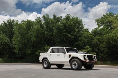 Lamborghini Lm002 15