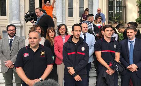 Juicio en Lesbos: por qué tres bomberos españoles casi entran en prisión por rescatar refugiados