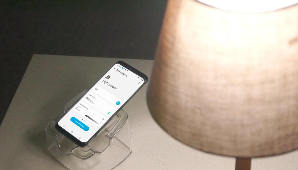 Samsung resucita los antiguos Galaxy™ convirtiéndolos en detectores de luz y de sonido