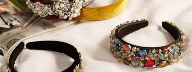 Las diademas del momento las firma Primark, se visten de perlas y pedrería, y no superan los 6 euros
