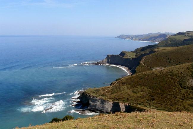 La ruta de flysh por la costa y el geoparque de deba for Piscinas naturales pais vasco