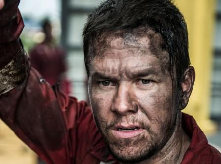 'Marea negra', tráiler del desastre petrolífero con Mark Wahlberg