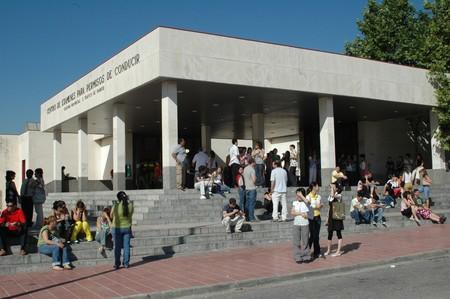 Los examinadores de la DGT amenazan con otra huelga porque el Gobierno aún no les ha pagado lo prometido