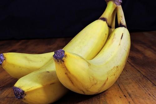 Los plátanos podrían reemplazar las bebidas isotónicas para recuperarse después del ejercicio