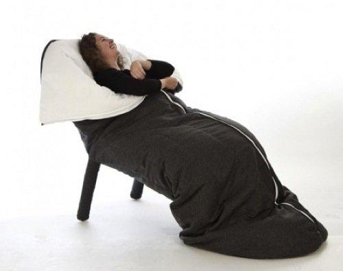 una silla para dormir