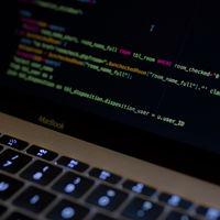 Conocer el lenguaje SQL encabeza la lista de 10 habilidades laborales más demandadas en EE.UU. y Reino Unido