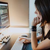 Aprender a programar vía FP o cursar Ingeniería Informática: entre el sentido práctico y la visión holística
