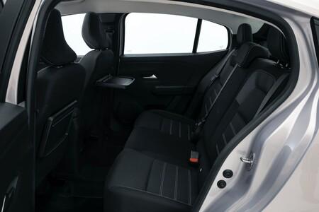 Dacia Renault Logan 2021 13