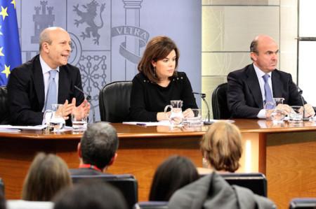 El gobierno aprueba la venta conjunta de los derechos del fútbol español, Movistar al acecho