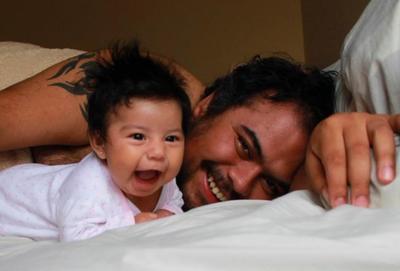La foto de tu bebé: las risas de Ari y su papá