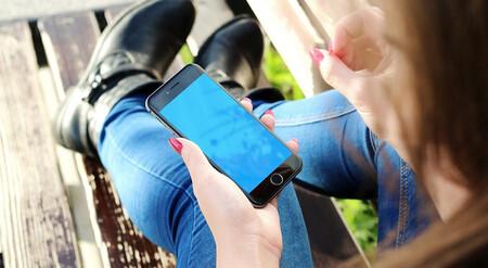Trece cosas que puedes hacer con tu móvil viejo