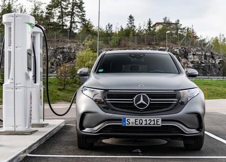 """""""Entre más pesado, más eficiente"""": un estudio va a favor del sobrepeso en autos eléctricos"""