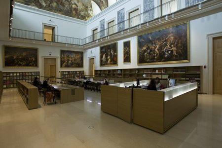 San Jorge y los libros, una noche de lujo en el Museo del Prado