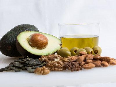 Los 11 alimentos con más calorías, pero muy sanos que no puedes dejar de sumar a tu dieta