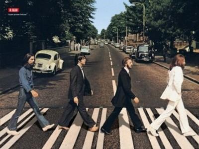 Apple llega a un acuerdo con EMI para distribuir la música de los Beatles
