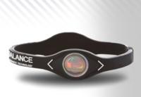 ¿Funcionan las famosas pulseras de holograma?, hemos hecho la prueba