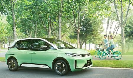 DiDi, el Uber chino, desarrolla junto a BYD su propio taxi eléctrico a medida del usuario