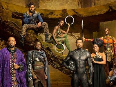 Nuevas y pintorescas imágenes de 'Black Panther': ¿un cruce entre James Bond y 'El padrino'?