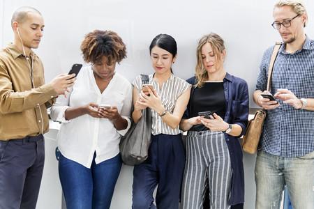 Venta de smartphones cae como nunca: Samsung sufre, Huawei resiste, y Xiaomi y Apple ganan participación en tiempos de COVID-19