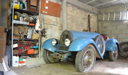 A subasta un exclusivo Bugatti Brescia descubierto en un granero francés