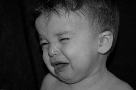 Por qué los bebés lloran cuando otro bebé llora: el principio de la empatía