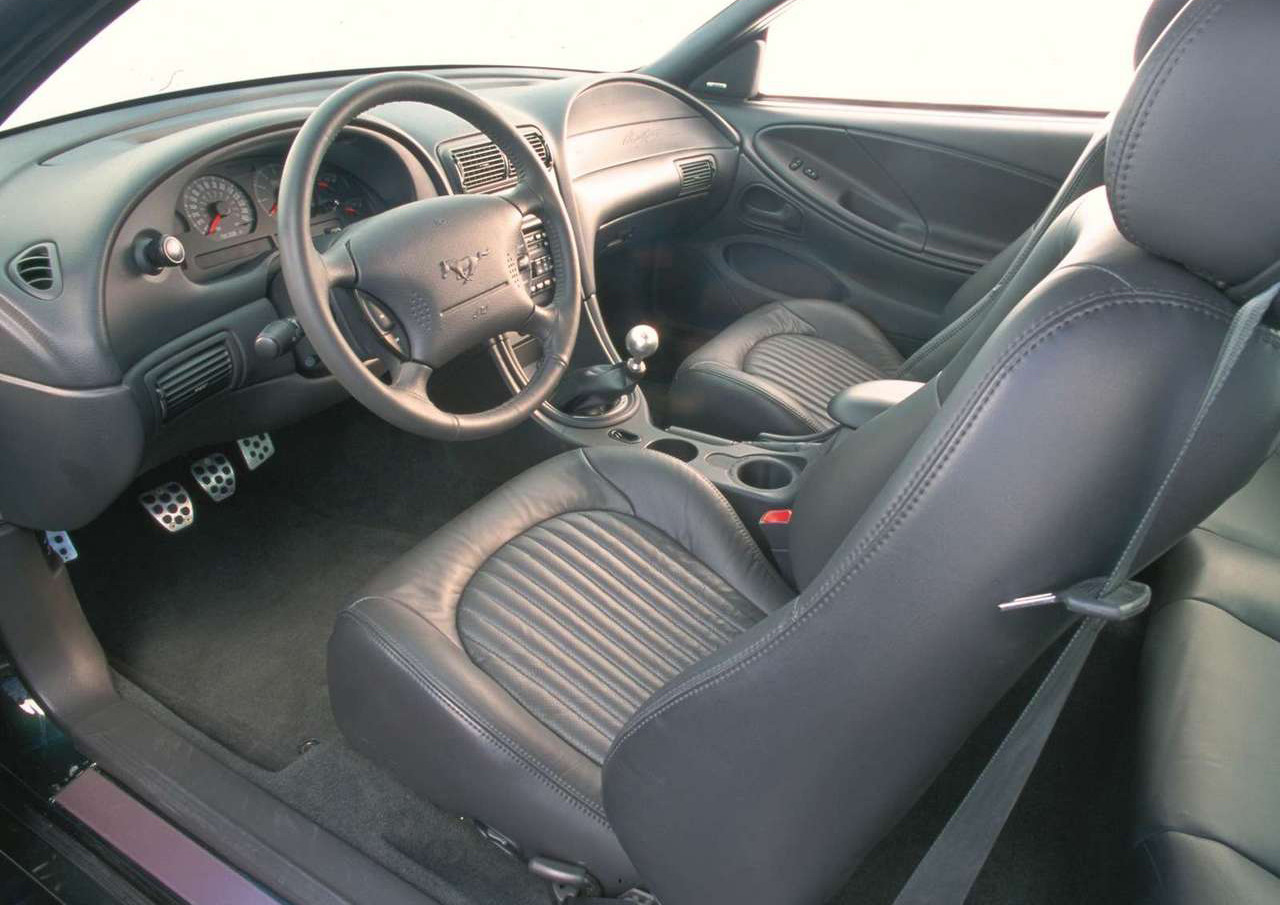 Foto de Ford Mustang Bullitt 2001 (8/19)