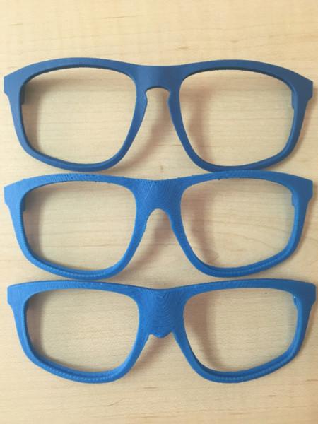 modificando la montura de unas gafas con MESHMIXER