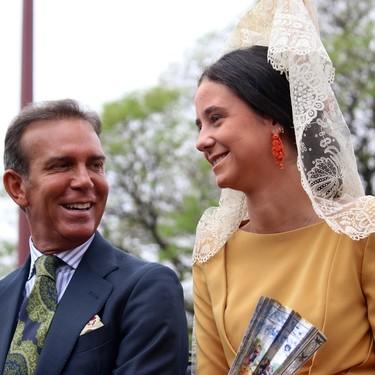 Victoria Federica de Marichalar deslumbra con su look como madrina de la exhibición en enganches en Sevilla