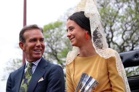 Victoria Federica de Marichalar deslumbra con su look como madrina de la exhibición en enganches de la Feria de Abril