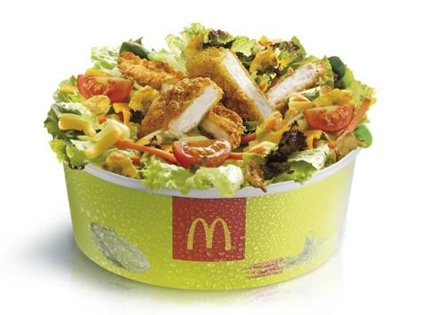 Ensaladas que engordan más que las patatas fritas