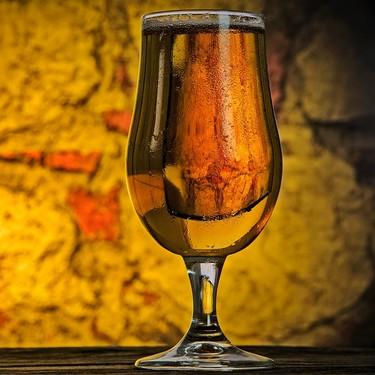 Festeja el 14 de febrero bailando salsa en este speed dating cervecero en la CDMX